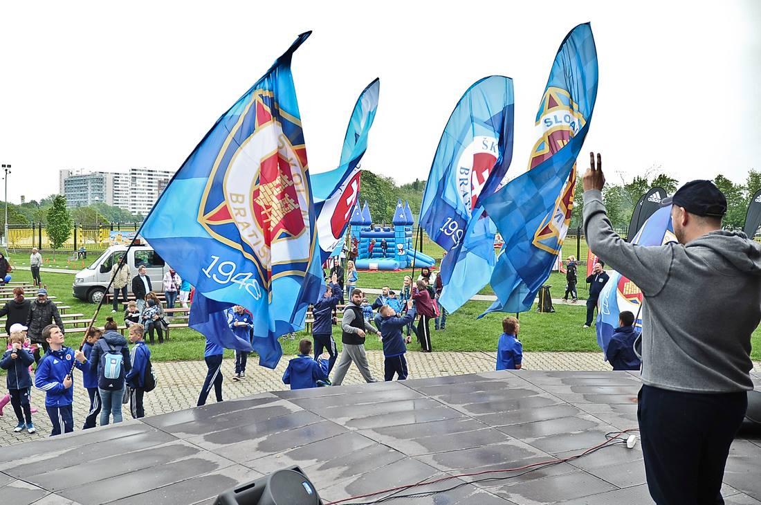 ŠK Slovan Bratislava vlajky